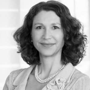 Photo of Dr Antoinette Gianduzzo, Director of Biomolecular Restoration, Kusnacht Practice, Switzerland