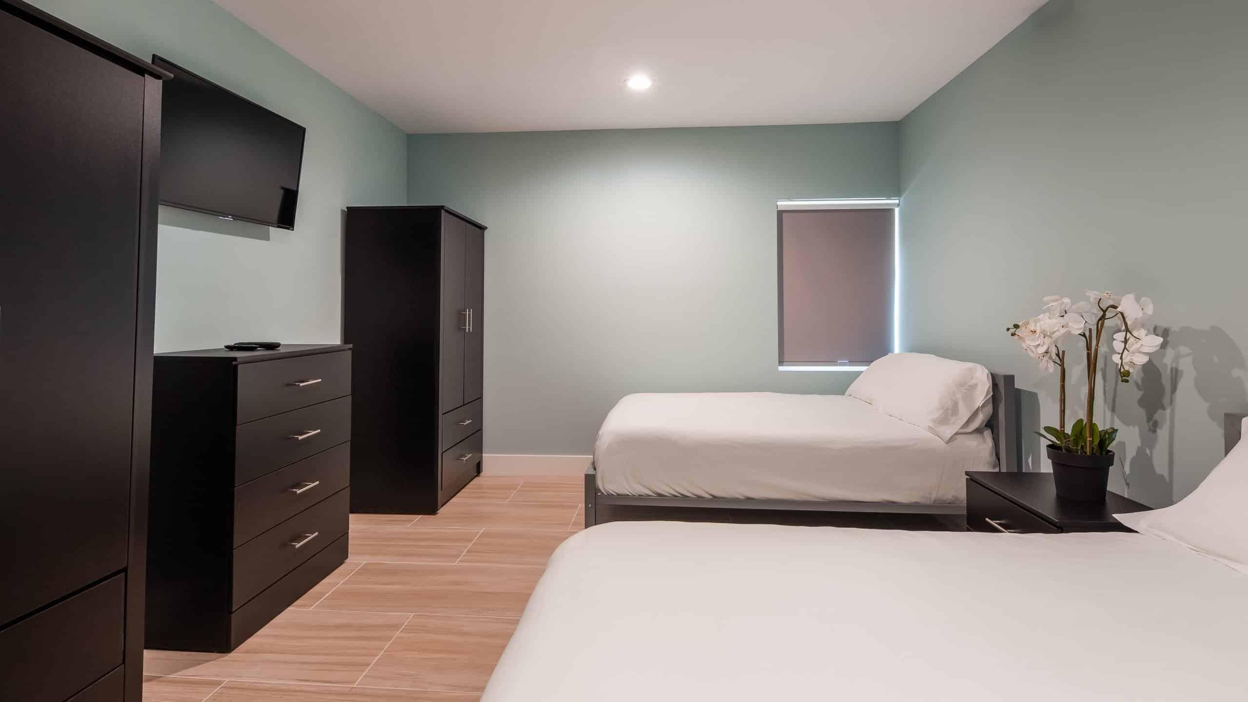 Boca Recovery Pompano Beach Bedrooms